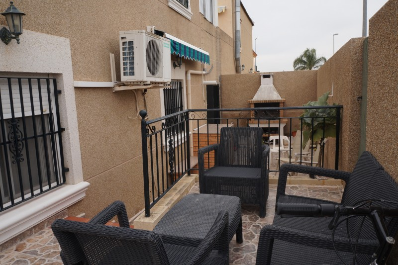 Ref:CGP JLM2303 Townhouse For Sale in Daya Nueva