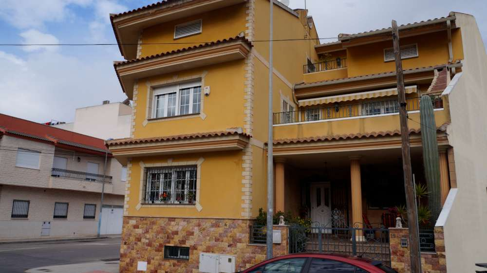 Ref:CGP JLM2434 Detached House / Villa For Sale in Almoradí