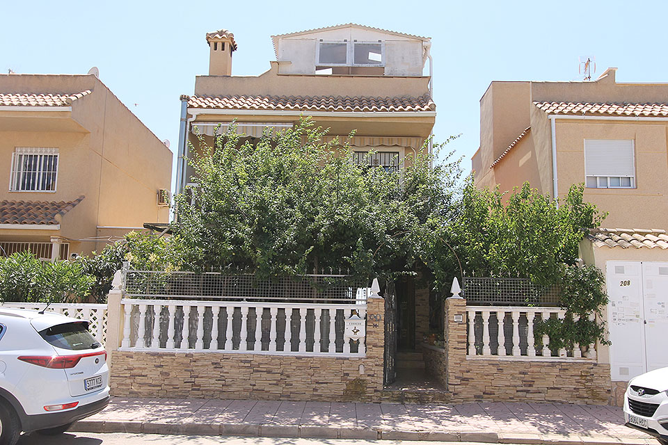 Ref:CGP JLMM543 Townhouse For Sale in Guardamar del Segura