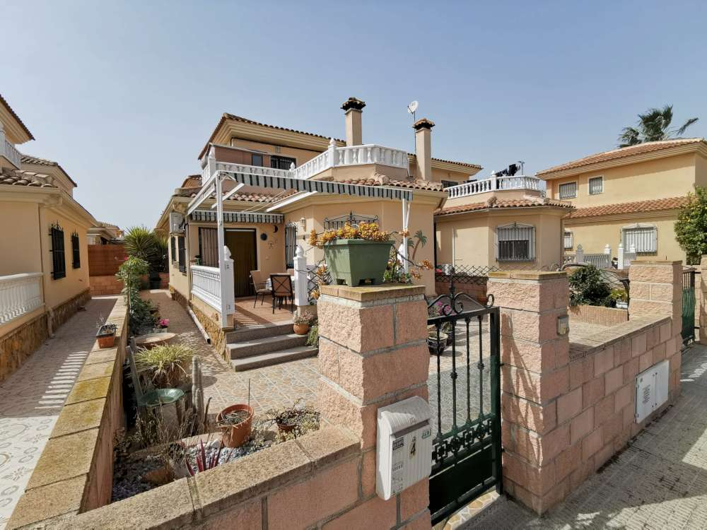 Ref:CGP JLM2805 Detached House / Villa For Sale in Almoradí