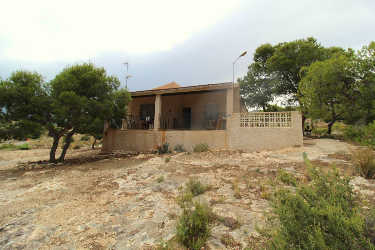 Ref:CGP JLMI2281 Country Villa For Sale in Crevillente