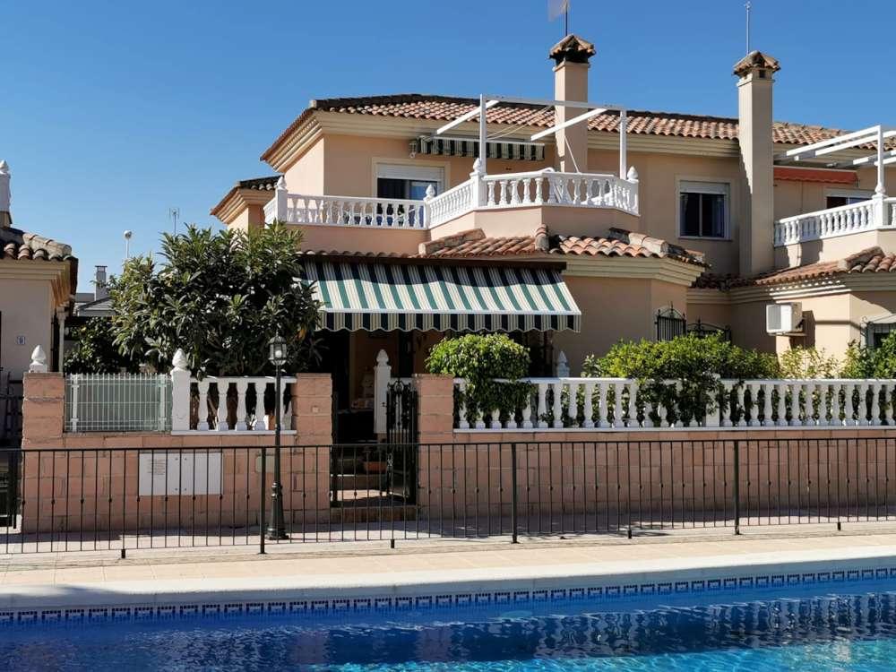 Ref:CGP JLM2874 Detached House / Villa For Sale in Almoradí