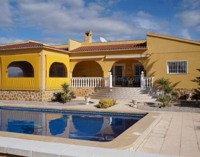 Detached House / Villa - Resale - Catral - Catral