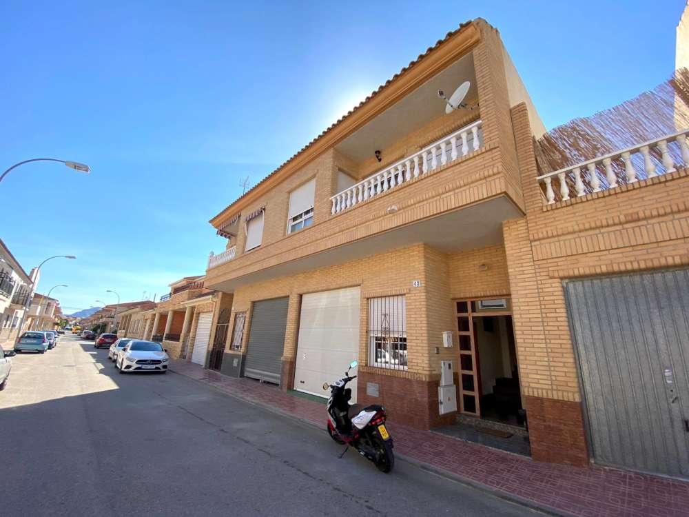 3 bedroom house / villa for sale in San Isidro, Costa Blanca